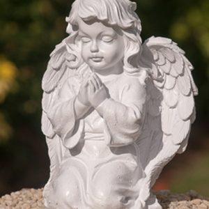 Kneeling Cherub Angel