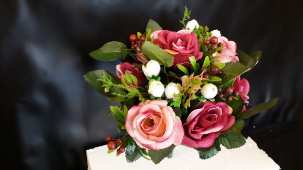 Artificial Flowers, Open Rose Bush, Pink & with Berries, Foliage 8 Heads Ideal for Weddings, Graves, Garden and Home